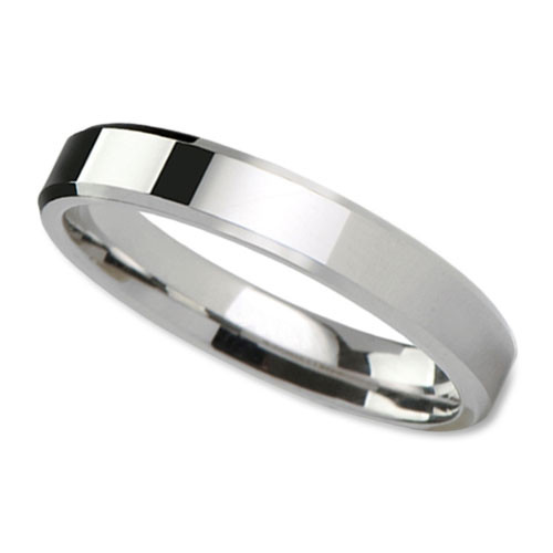 Womens Classic Wedding Band In 4mm With Flat Surface And Beveled Edges